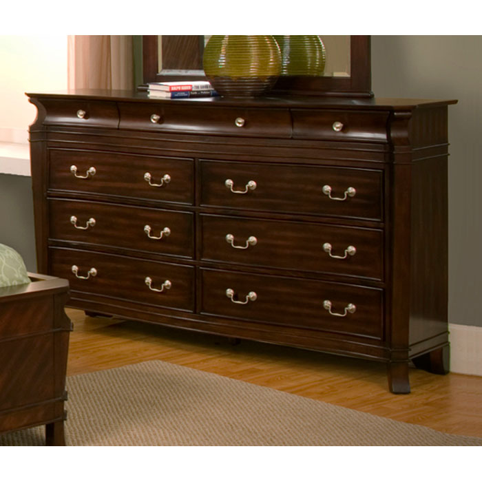 Windsor 9 Drawer Dresser