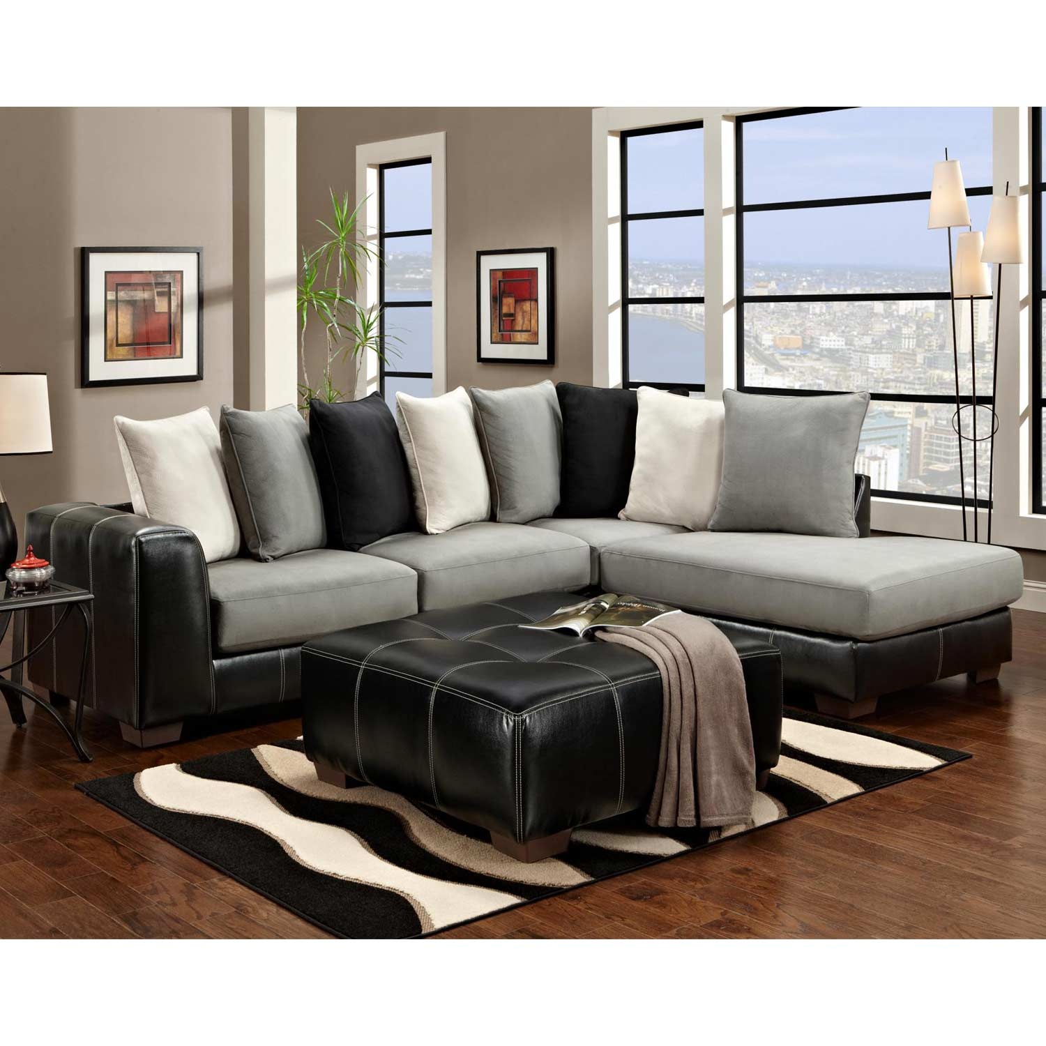 Landon Sectional Sofa & Chaise - Laredo Black
