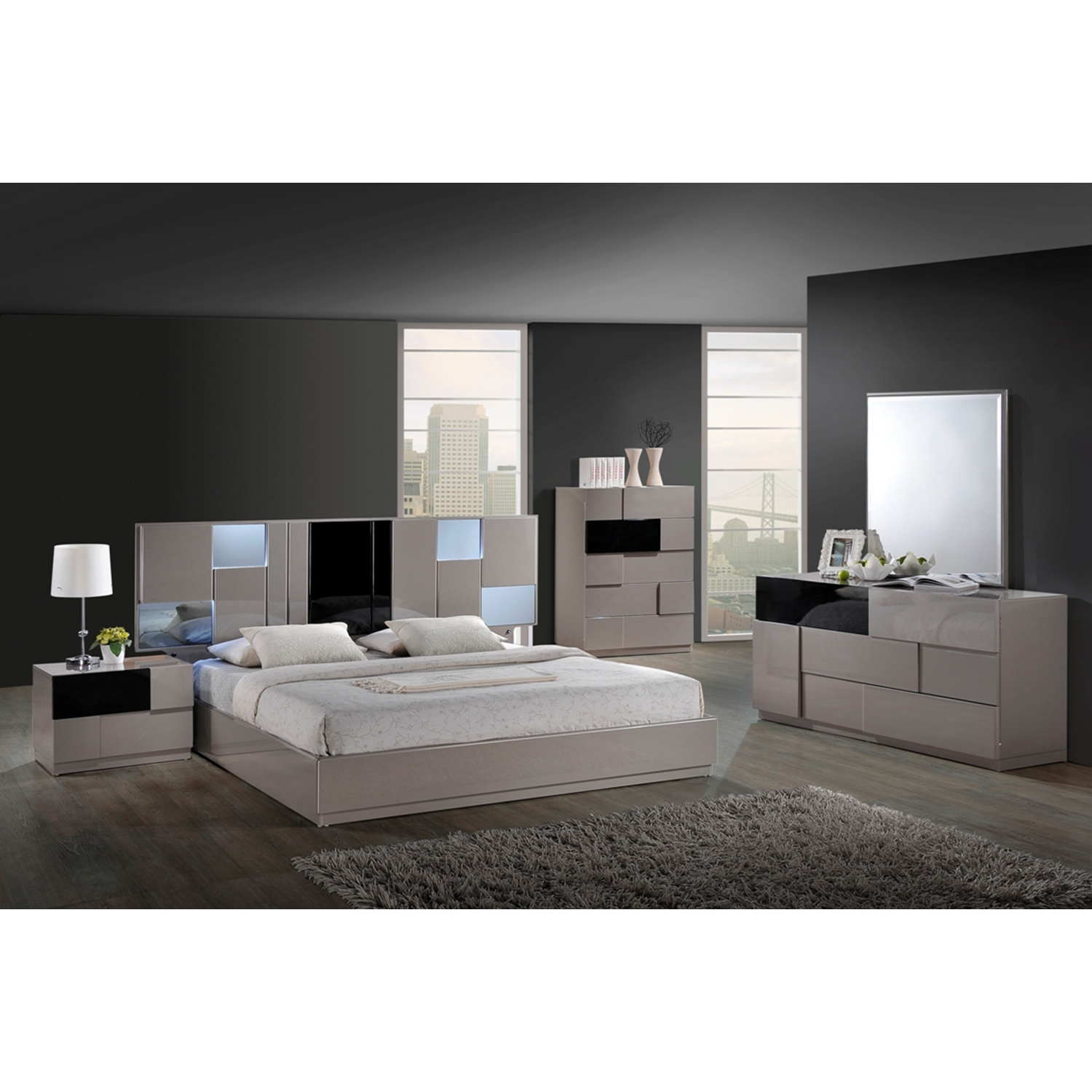 Bianca Bedroom Set in High Gloss Gray and Black