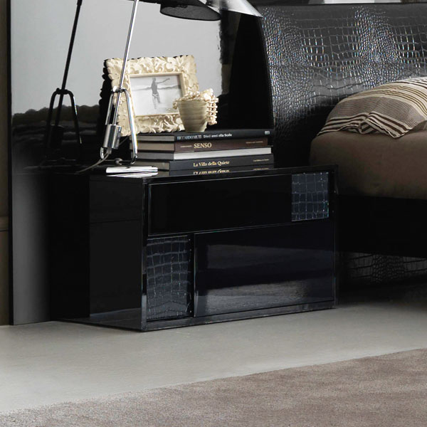 Nightfly Left Nightstand - ROS-T4125000100XX