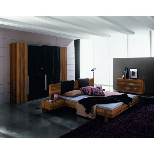 Gap 5 Piece Walnut Bedroom Set