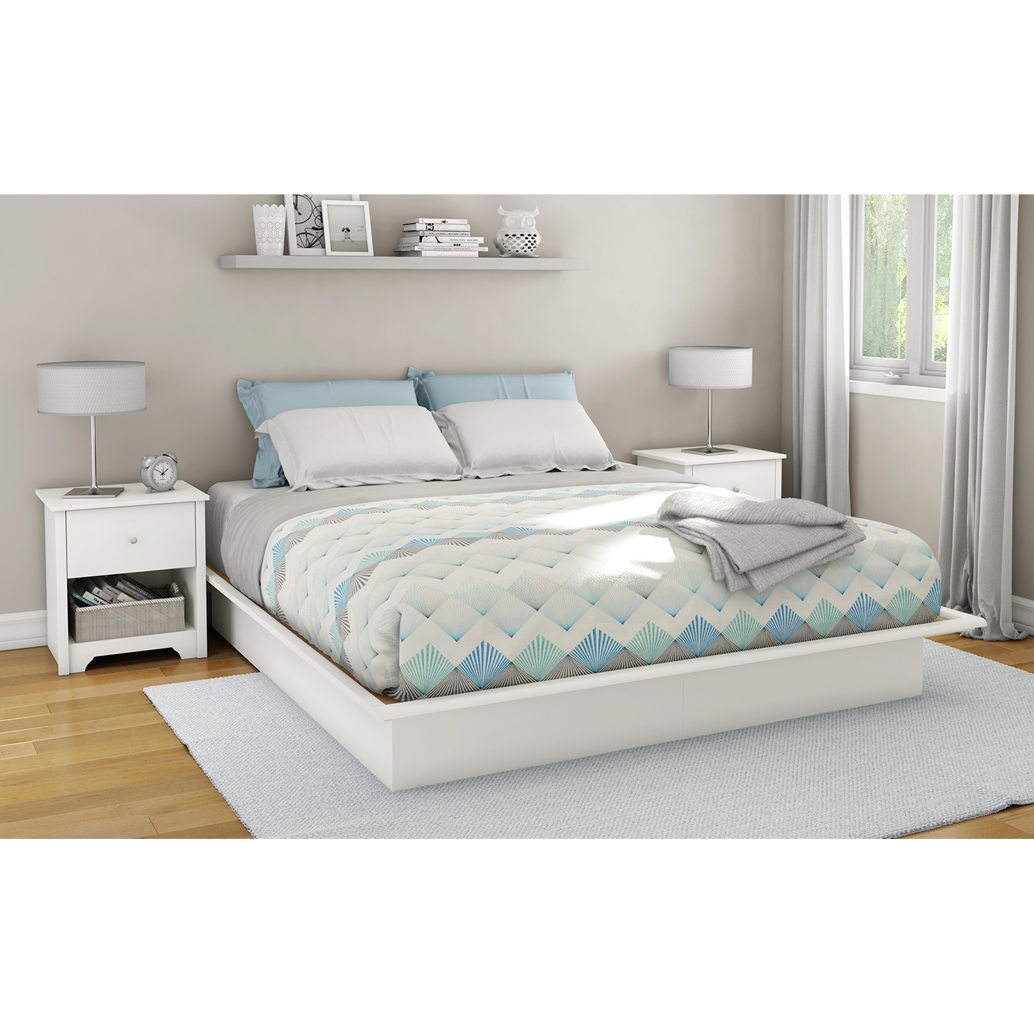 Step One King Platform Bed with Mouldings - Pure White - SS-3050248