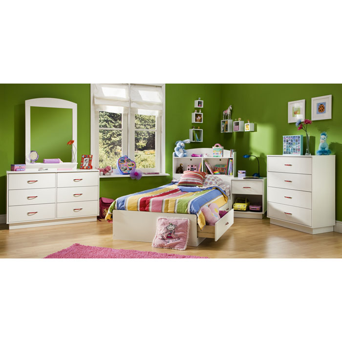 Logik White Twin Mate's 4 Piece Bedroom Set