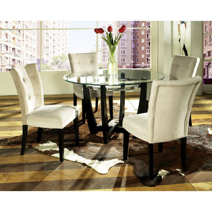 Matinee Dinette Table with Four Beige Parsons Chairs