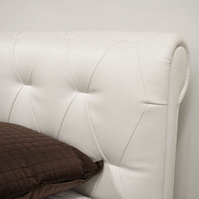 Chesterfield Queen Leather Bed in Off-White - WI-B-180-8143-QUEEN