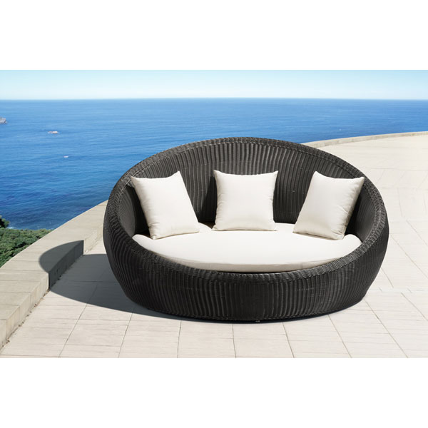 Anjuna Modern Outdoor Bed